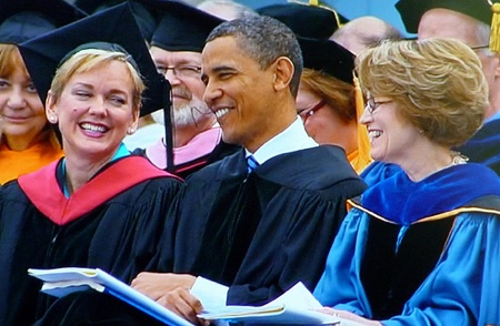 obama-and-jennifer1