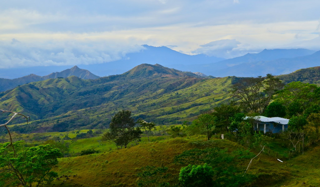 Cordillera de Talamanca, the mountain spine that separates the Pacific Ocean from the Caribbean in Chiriqui Province in western Panama, site of the country's most aggressive dam development. Photo/Keith Schneider