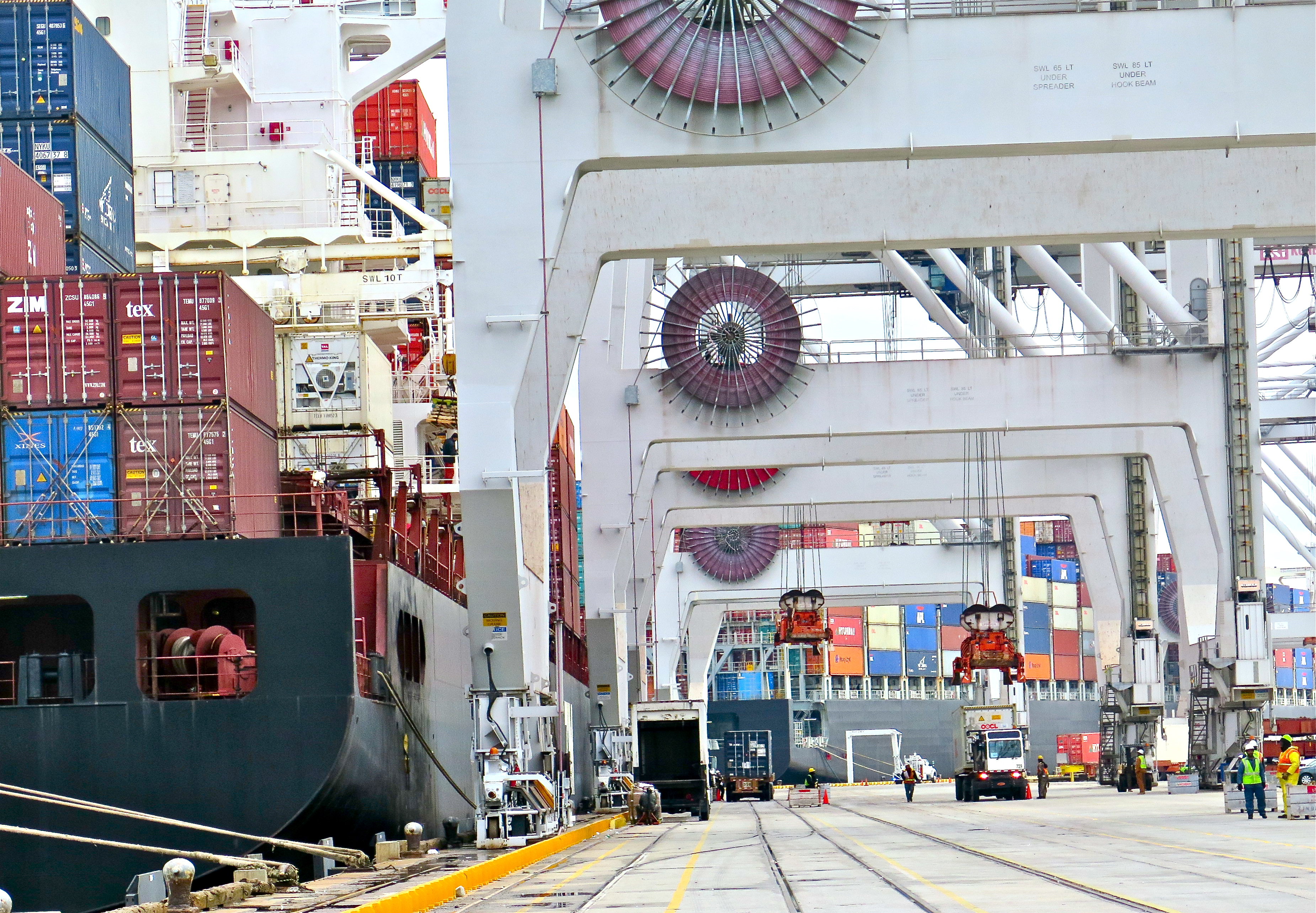Savannah Port Anticipates Panama Canal Expansion in New York Times