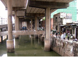 Before the park, Donghao Chung ran as a sewer beneath an elevated highway.