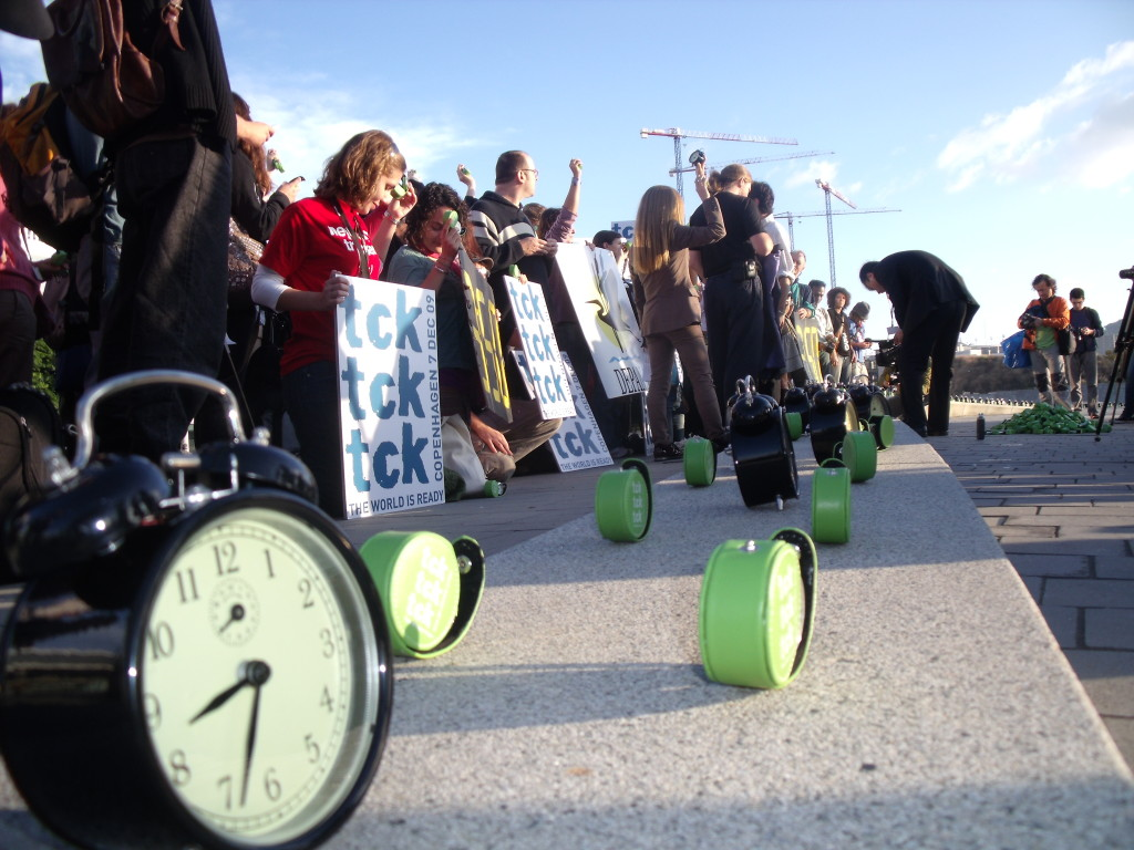On the road to the achievements of the Paris Climate Accord clocks ticked down the accumulating seconds to planetary peril at a UN climate meeting in Barcelona in 2009. Photo/Keith Schneider