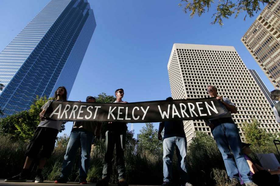 Protestors in Houston call for arrest of Energy Transfer Partners chief executive.
